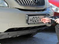 Сотрудники ГИБДД теперь не смогут снимать с машин регистрационные знаки