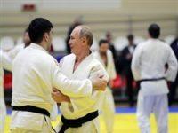 Дзюдоист-чемпион нанес травму Путину