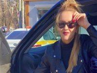 Жену экс-депутата раскритиковали за танец на шесте в трусах под «Смуглянку»