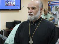 Священника, выступавшего против «Тангейзера», наградили «за противодействие экстремизму»