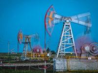 Нефть смывает рубль