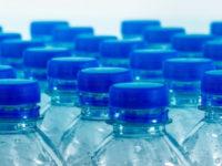 Вода в бутылках не лучше, чем из-под крана