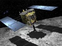 Японский космический аппарат собрал образцы грунта астероида. Что он там ищет?
