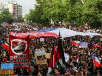 В столице Чили на акцию протеста вышли более 1,2 млн человек.