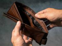 Экономисты: Россияне платят за продэмбарго по 445 млрд ежегодно