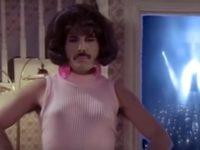 В Петербурге старшеклассники заявили, что учителя запретили им петь в париках и юбках