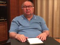 «Проект» нашел нестыковки в истории с возможной взяткой Усманова бывшему премьеру Медведеву